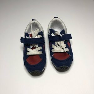 Crazy 8 Blue/Red Sneakers Shoes Boy Size 6